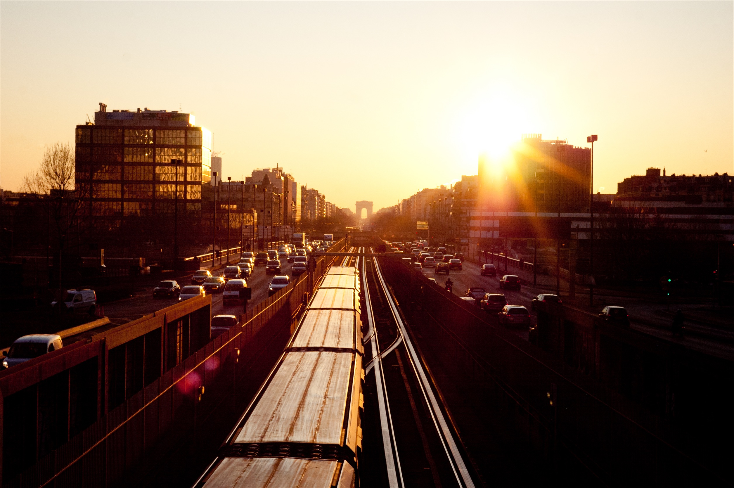 boss-fight-stock-images-photos-free-sunrise-train-cars-london